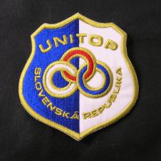 Vyšívaný znak UNITOP