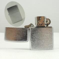 Zapaľovač kovový matný